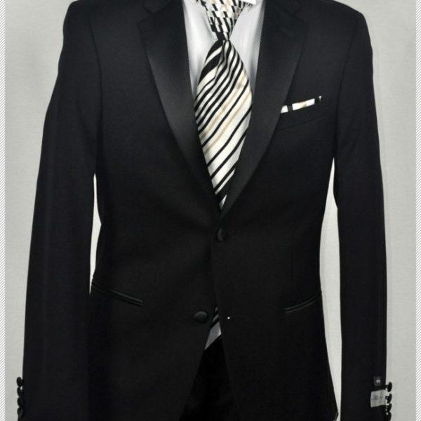 Last Minute Groom Tuxedo