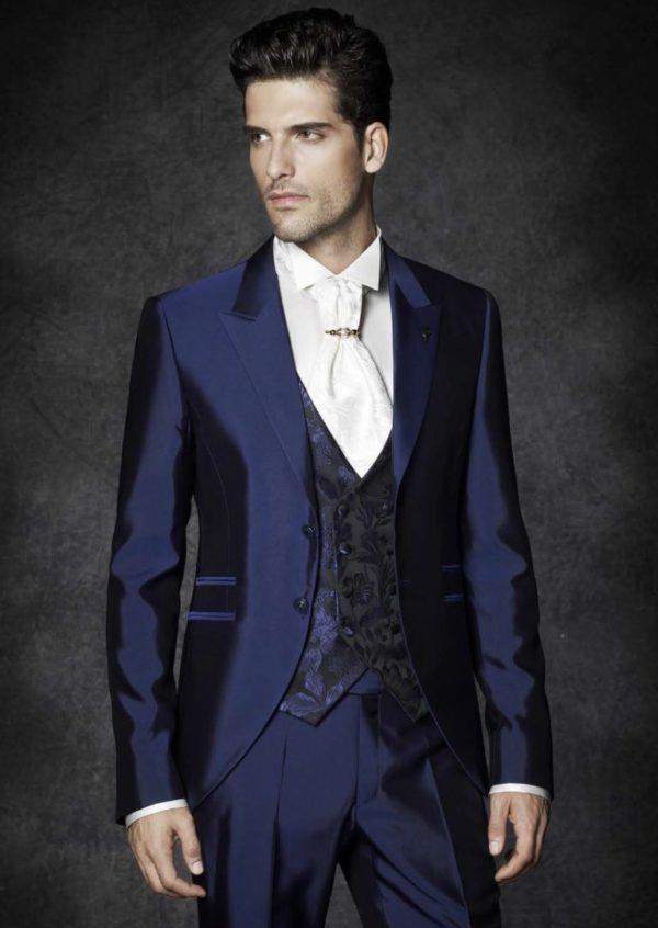 Italian Men's Suit.